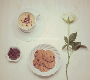 Cappuccino and cookies